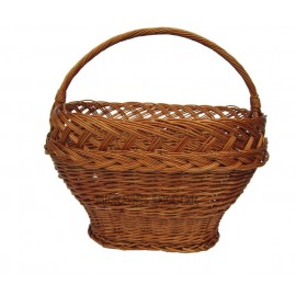 Wicker shopping basket trapeze