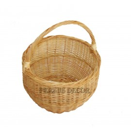 Simple round wicker basket