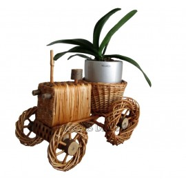 Wicker flower support - tractor