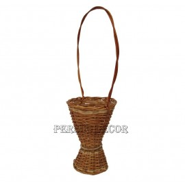 Wicker basket vase flower - simple
