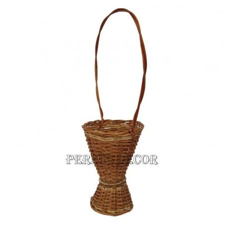 Wicker basket vase flower - simple