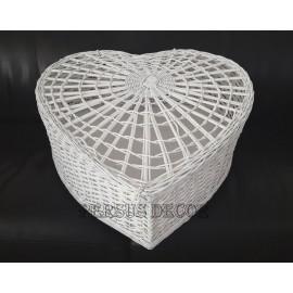 Cusca porumbei din rachita - inima Cusca din rachita pentru porumbei - in forma de inima. O recomandam sa fie folosita pentru el