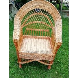 Mobilier din rachita Confort Set mobilier din 2 scaune si o masa, pe suport de lemn, foarte stabile si confortabile. Un mod p